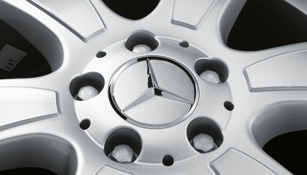 Capac janta aliaj: raised star, titanium silver