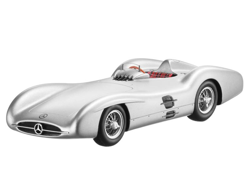 2.5L, Formula, 1, race, car, with, streamline, body, W196, 1954