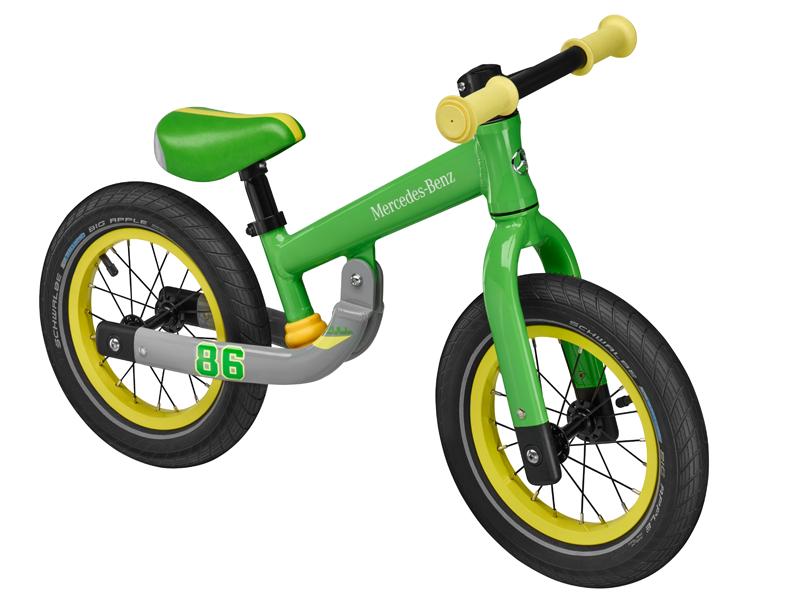 "Bicicleta echilibru, varsta 2+, 16 cm, aluminiu, verde cu logo ""Mercedes Benz"" - Originala Mercedes"