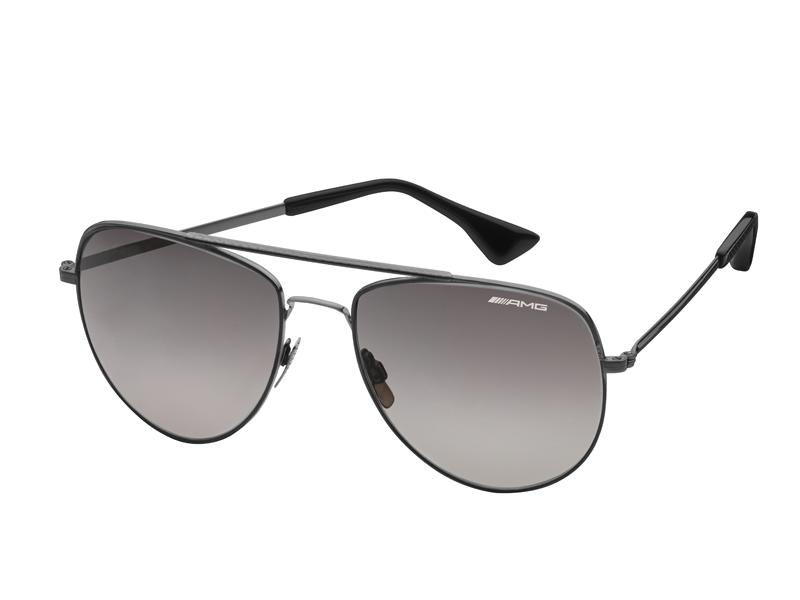 Ochelari de soare, Essentials