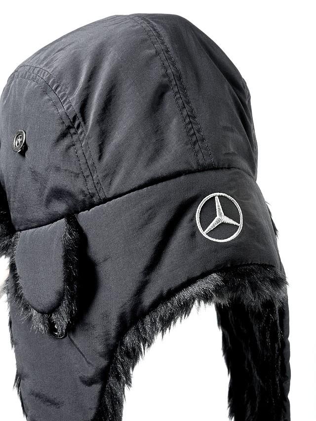 Caciula imblanita cu urechi, Trucker - Originala Mercedes B67870897A.jpg